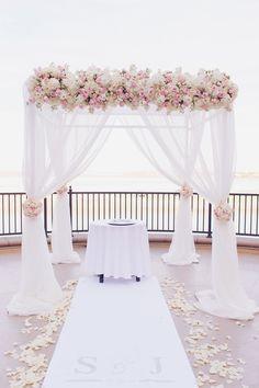 20+ SUPER Romantic Beach Wedding Decor Ideas beach Wedding Aliens Tips
