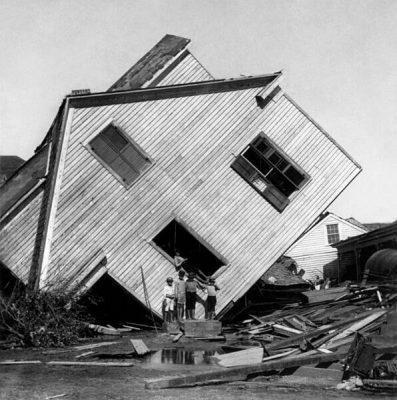 The Galveston Hurricane of 1900 Killed 8,000 Texans alienstips